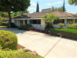 4280  Lakewood Dr. Lakewood CA 90712 - Philleen Meskin